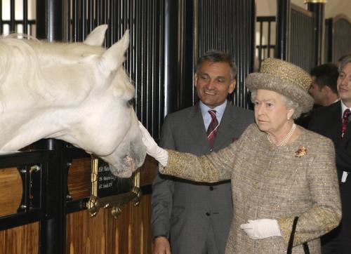 Alžběta II. v Lipici