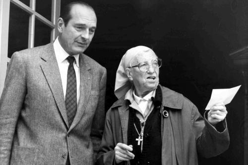 Sestra Emmanuelle a Jacques Chirac
