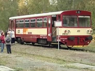 Vlak v Jílovém u Děčína