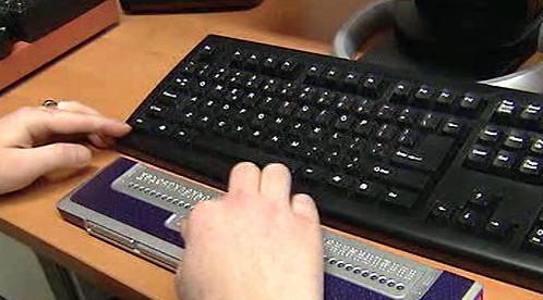 Brailova klávesnice