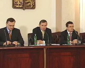 Tisková konference po jednání vlády