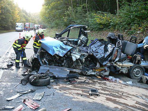 Hasiči u tragické havárie