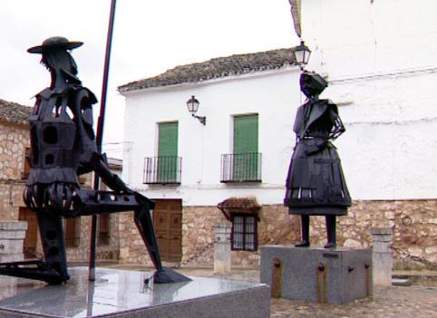 Socha Dona Quijota v La Mancha