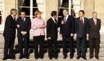 Účastníci jednání v Paříži