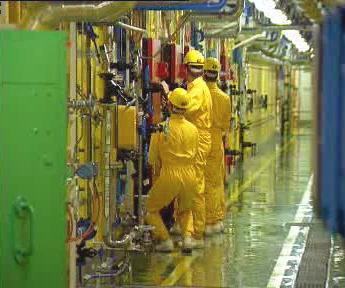 Pracovníci v jaderné elektrárně