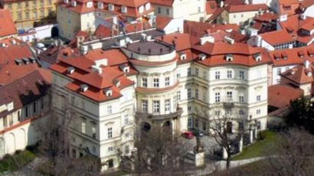 Budova německého velvyslanectví v Praze