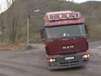 Kamion ze štěrkovny