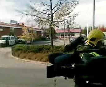 Policie před školou ve finském Kauhajoki
