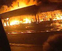 Hořící dům v Paříži