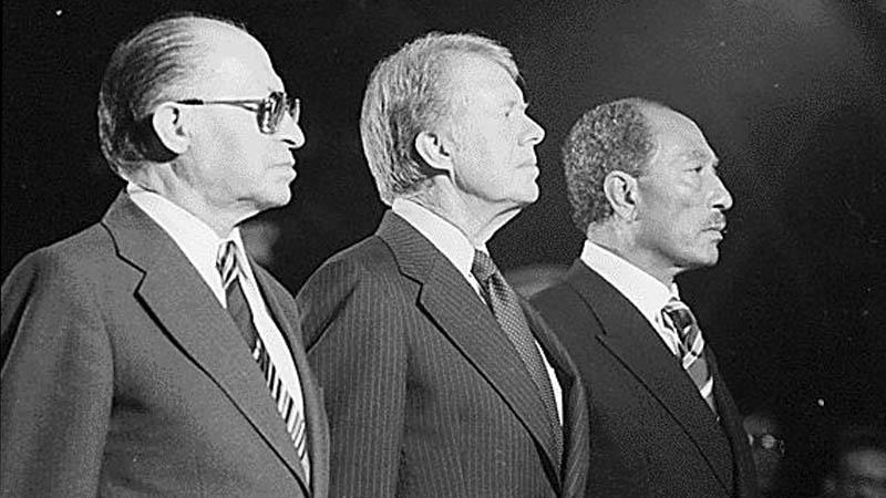 Menachem Begin, Jimmy Carter a Anvar Sadat