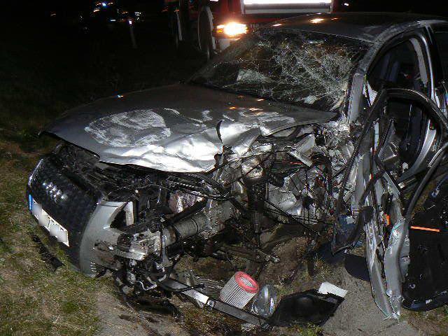 Vrak auta po vážné nehodě