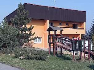 SOS vesnička v Karlových Varech