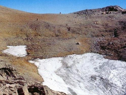 Ustupující ledovec Schnidejoch