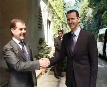 Dmitrij Medveděv a Bašár Asad
