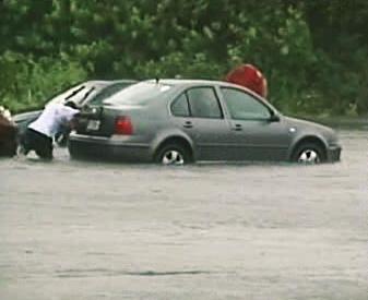 Florida bojuje s bouří