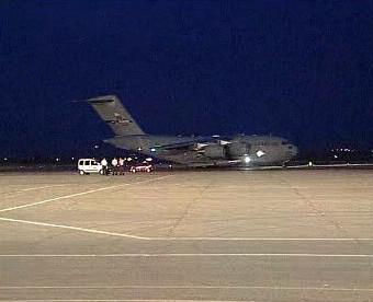 Letadlo s humanitární pomocí