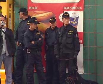 Policie na hradeckém nádraží