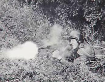 Střílející voják