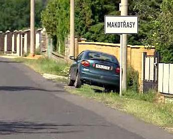 Obec Makotřasy