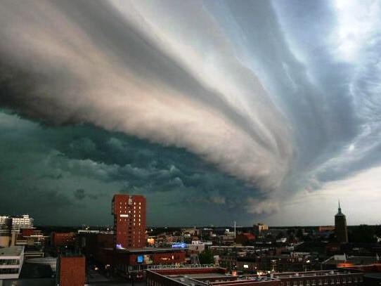 Dramatické nebe