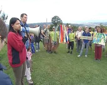 Protest proti výstavbě R35 v Českém Ráji