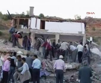 Zřícení ubytovny v Turecku