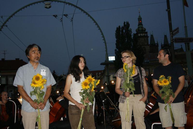 Zakončení hořického sochařského sympozia 2008