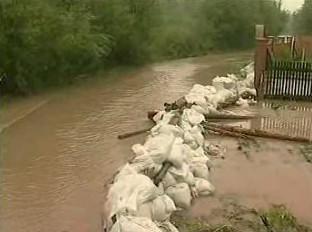 Bariéry proti rozvodněné řece