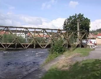 Nouzový most v Českém Krumlově