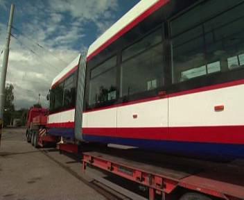 Tramvaj při transportu