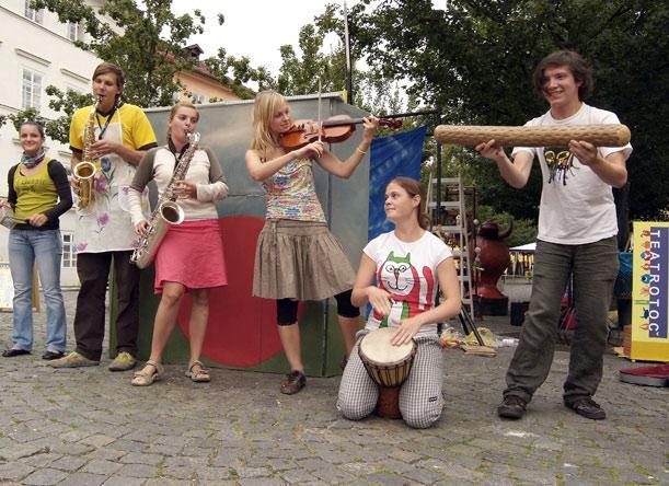 Studenti DAMU na festivalu Teatrotoč
