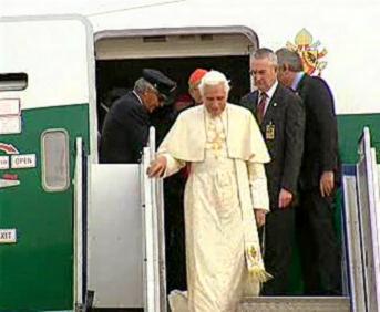 Přílet papeže do Sydney