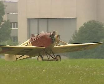 Replika letadla Avia BH-5