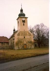 Kostel v Lenešicích