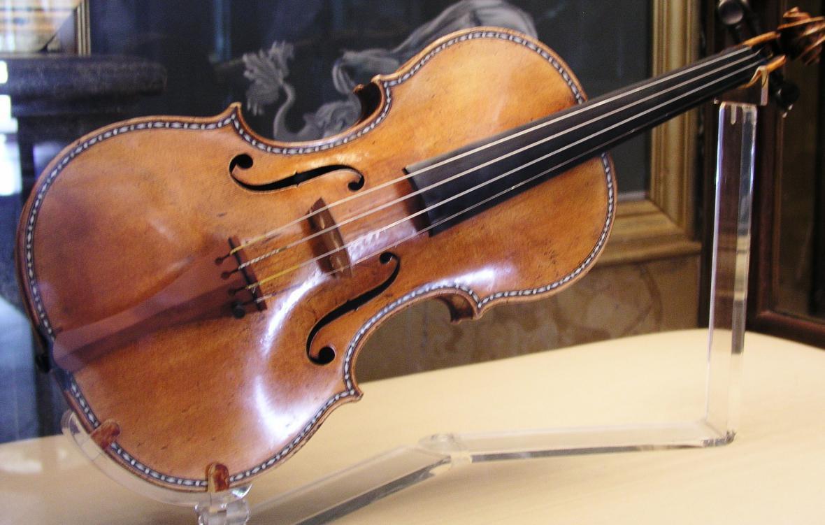 Stradivárky.
