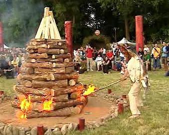Oslavy slunovratu v pražském Braníku