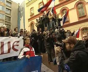 Demonstrace proti nezávislosti Kosova