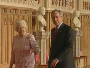 George Bush a Alžběta II.