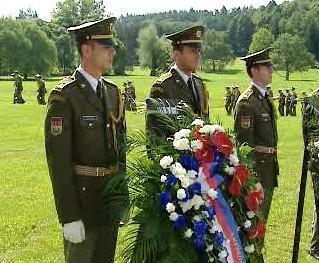 Pietní akt u příležitosti 66. výročí nacistického vypálení Lidic