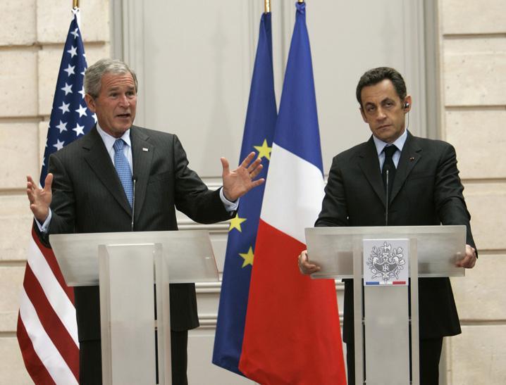 Prezidenti Bush a Sarkozy