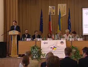 Alexandr Vondra o infocentru NATO