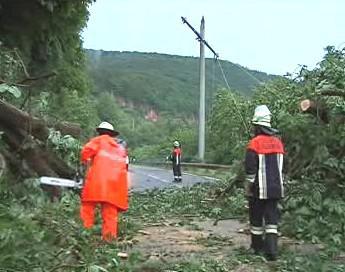 Bouře v Německu komplikovala i dopravu