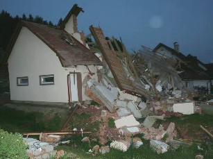 Výbuch rodinného domu