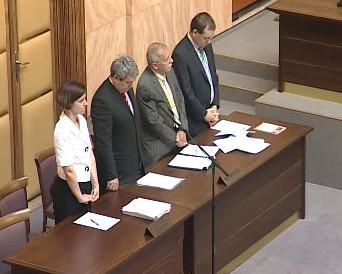 Opoziční poslanci u Ústavního soudu