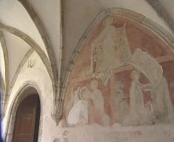 Odkrytá freska v křížové chodbě