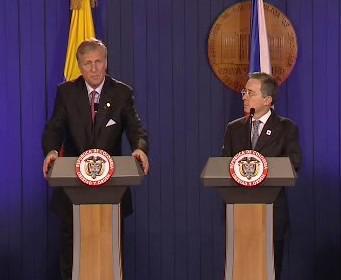 Mirek Topolánek a Álvaro Uribe