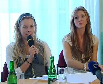 Moderátorka Kateřina Kristelová a Tereza Kerndlová