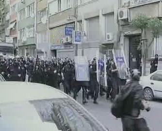 Zásah proti prvomájovým demonstracím