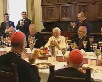 Oslava papežových narozenin