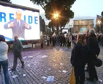 Předvolební míting Silvia Berlusconiho